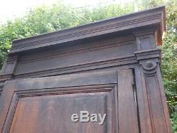 2 anciennes portes de placard XIXème sur chassis boiserie, en chêne 260 cm