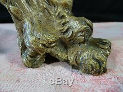 2 anciens pieds en bronze de meuble XVIIIé griffe lion / ours architecture
