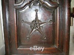 2 portes très sculptées d' armoire authentique Louis XIV