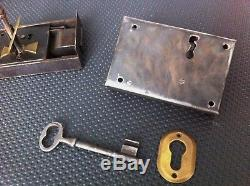 2 serrures ancienne porte