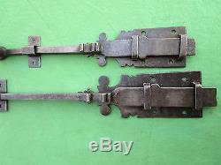 2 targettes ouvragées fer forgé longues 27,5 & 63 cm porte double placard ancien