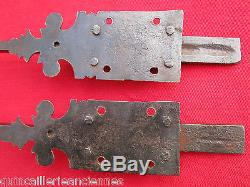 2 targettes ouvragées fer forgé longues 31 cm porte double placard ancienn
