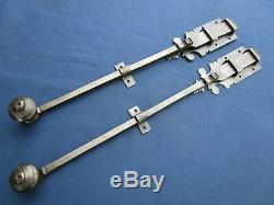 2 targettes ouvragées fer forgé longues 40 42,8 cm porte double placard ancien