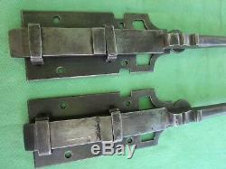2 targettes ouvragées fer forgé longues 41,6 cm porte double placard ancienne