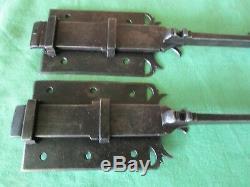 2 targettes ouvragées fer longueur 38,5 & 57,5 cm porte double placard ancien