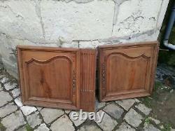 4 Anciennes belles portes d'un buffet 2 corps