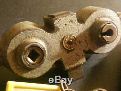 ANCIENNE SERRURE GOLLOT BOITIER FONTE BÉQUILLE, 4 clés d'origine