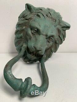 Ancien Heurtoir de porte tete de Lion en bronze ou laiton