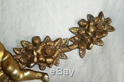 Ancien et grand fronton en bronze. Epoque XIX ème. Angelots. (1)