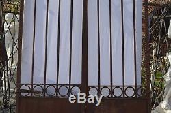 Ancien portail en fer forgé / 2m40 de haut x 146 cms de large