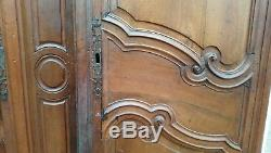 Ancienne Paire De Portes D'armoire En Noyer