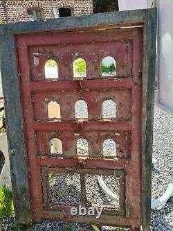 Ancienne porte de pigeonnier / 94 cms x 1 m 38 de haut
