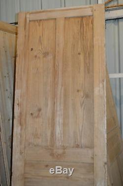 Ancienne porte en sapin / 2m17 de haut x 70 cms de large