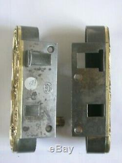 Ancienne serrure bronze et fer poignée porte deco quincaillerie chateau maison