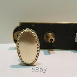Ancienne serrure bronze / laiton / porte / poignées / chateau