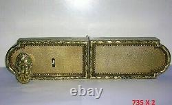 Ancienne serrure bronze poignée porte fenetre chateau maison maitre