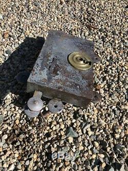 Ancienne serrure de porte à double fermeture et tirage deux clés