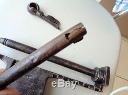 Antique Padlock Grand Cadenas Forgé 18ème Serrure Cachot Art Populaire, 2 kg