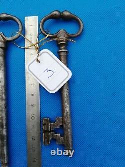 Belle paire de clef forgée ancienne xix