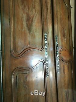 Belles portes d'armoire ancienne entièrement d'origine charme et authenticité