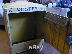 Boite aux lettres P. T. T La Poste 1969 ancienne Reformée