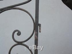 Bout d'escalier en fer forgé 1940