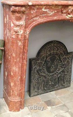 Cheminée Louis XV / Cheminée ancienne / Architecture anciennes / fireplaces