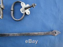 Clenche rosace 2 poignées anneaux fer forgé mentonnet barre 43,3 cm ancien