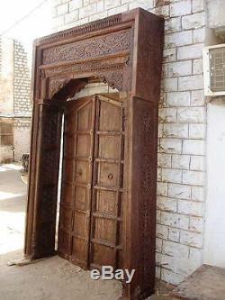 Dieses Antique Porte Gagné le Nom Portail
