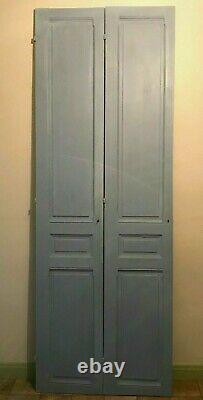 Double portes de placard a trois panneaux moulurés Sapin massif XX siècle