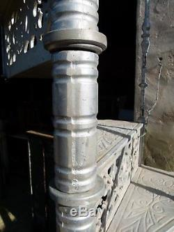 ESCALIER COLIMAÇON EN FONTE DE ALUMINIUM XXeme spiral staircase Wendeltreppe