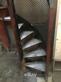 Escalier Colimaçon En Fer