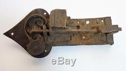 Ferronnerie d'art Serrure de porte ancienne en fer forgé Allemagne XVIIe