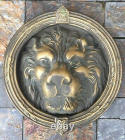 Grand heurtoir ou marteau de porte tête de lion ancien en bronze Ou Laiton 23 Cm