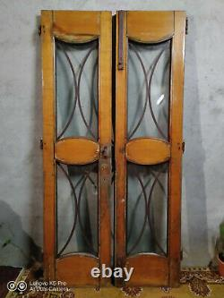 Grandes portes anciennes des années 30