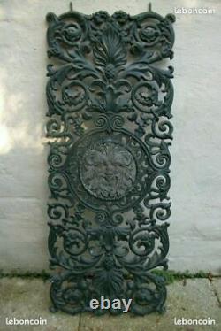 Grille ancienne en fonte