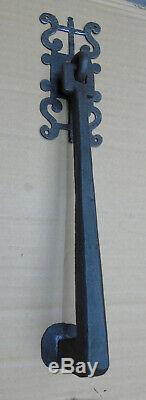 HEURTOIRMARTEAU de PORTEPENDELOQUE+rosace croix chrétienne fer forgé