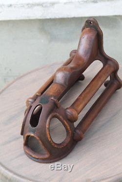 Harnais Support victorien en fonte et bois ancien collection rare