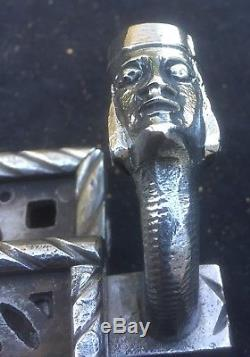 Haute époque Serrure fer à système, Italie XVIe XVIIe s, loquet visage grotesque