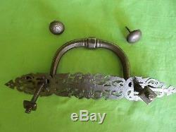 Heurtoir marteau de porte plaque rosace ouvragée gravée fer forgé ancien 36,5 cm