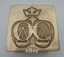 Imposantes Poignées De Porte D'entree Bronze Pour Cabinet Avocat Justice N3701