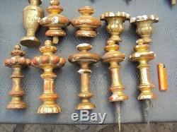 Lot d'ornements en bois doré sculpté 18/19 ème