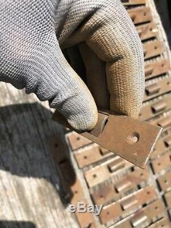 Lot de 38 Fermeture Clapet Serrure Meuble a Tiroir de Métier Comptoir Ancien