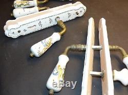 Lot de 5 paires de poignées de portes et plaques de propreté Céramique Moustier