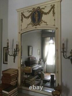 Lot de meubles anciens trumeau ancien doré à l or fin époque Louis XVI