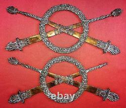 Ornement En Bronze Pour Meuble. Bronze Ciselé. France . Principe Xixe Siecle