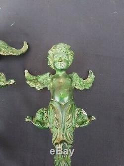 Paire de poignée de porte en bronze massif, aux angelots, style renaissance, XIX