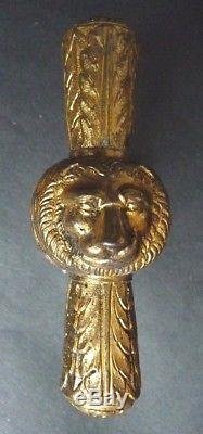 Paire de poignées de porte en bronze doré 19e siècle lion poignée Napoléon