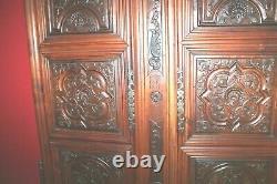 Paire de portes XVIII siècle sculptées 18 éme siècle