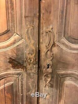 Paire de portes darmoire Louis XV en merisier / cerisier